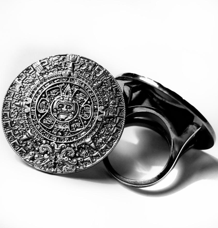 кольцо календарь